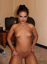 Famous movie star Natalie Portman in hardcore orgies fantasy - 5 anal pictures