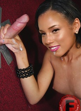 Ebony doll Alicia Keys - 10 anal pictures